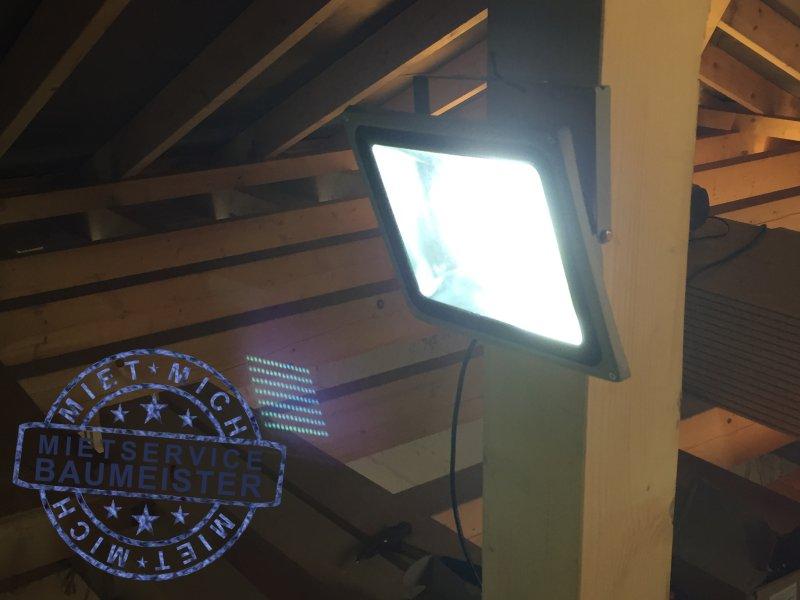 100W LED-Fluter-beispiel-9
