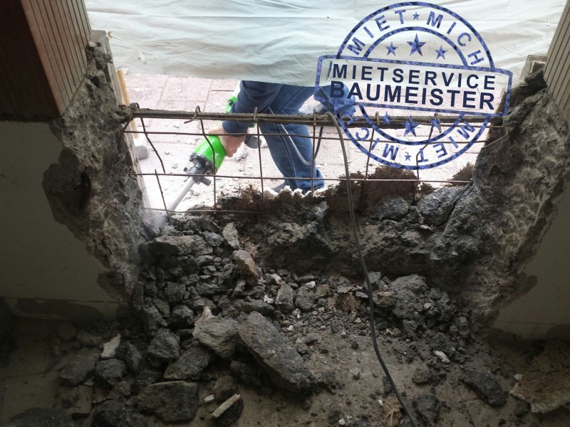 abbruchhammer-tuerdurchbruch-06-02-2016-2